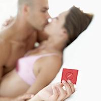 Презерватив при первом сексе